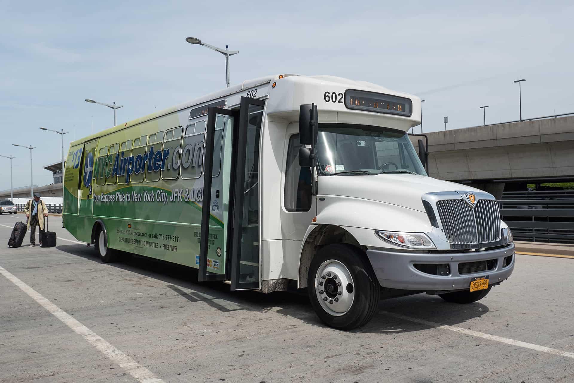 bus new york airporter aeroport transfert