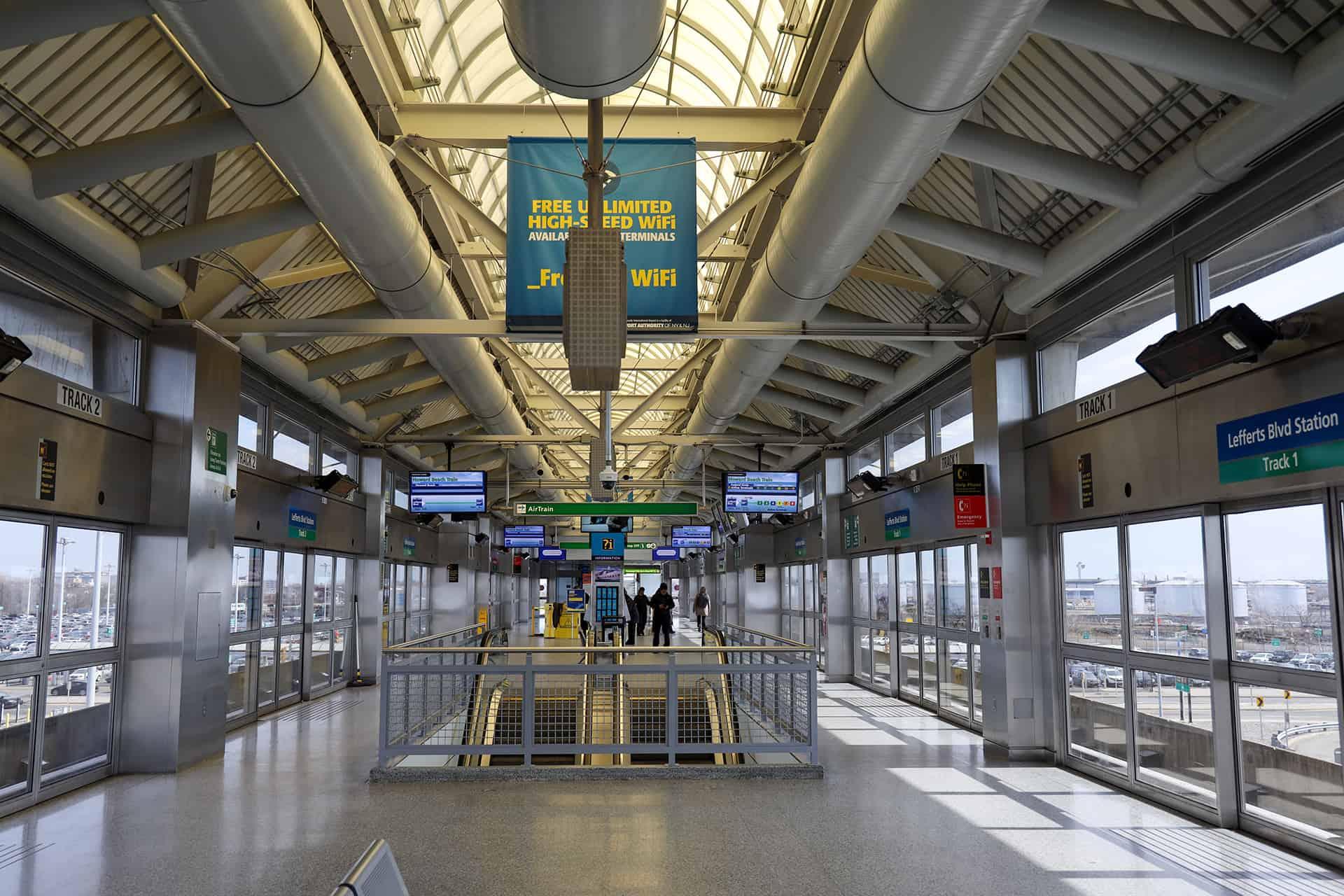 terminal aeroport jfk station