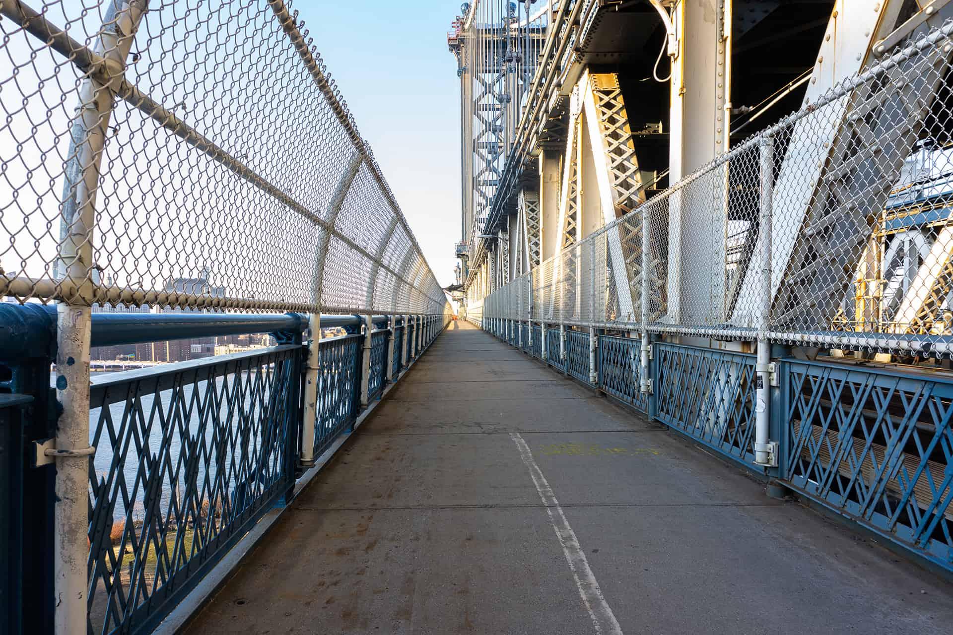traverser le manhattan bridge